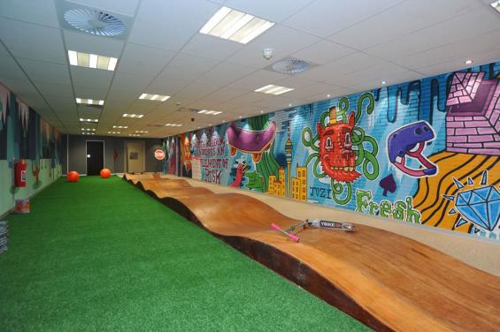 standard_bank_innovation_playroom_3-565x376