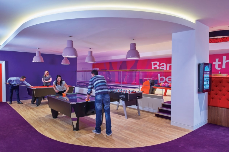 5-virgin-money-lounge-sheffield-games-768x512
